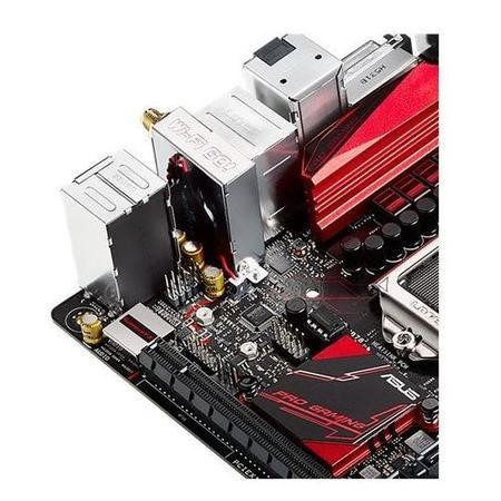 ASUS B150I PRO GAMING/WIFI Intel B150 Chipset DDR4 Mini-ITV Motherboard