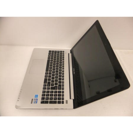Pre-Owned Grade T3 Asus VivoBook S500CA Core i3-2365M 4GB 500GB 15.6 inch Windows 8 Laptop in Silver & Black
