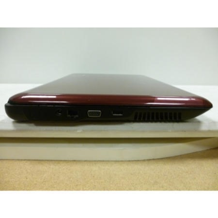 Preowned T2 Advent Modena M100 Laptop in Red