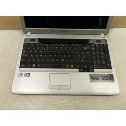 Preowned T2 Samsung R530 NP-R530-JA04UK Silver/Red Lid Laptop