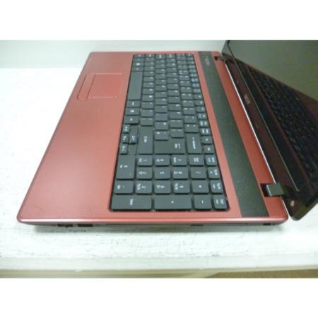 Preowned T3 Acer Aspire 5552 Windows 7 Red Laptop