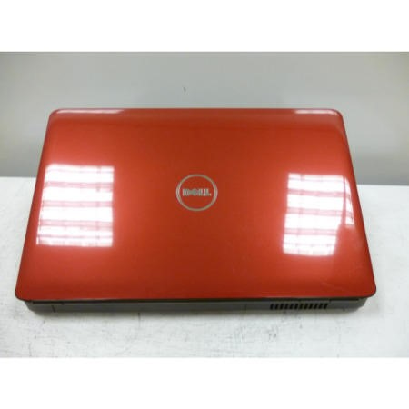 Preowned T2 Dell Inspiron 1545 1545-8561 Laptop in Red