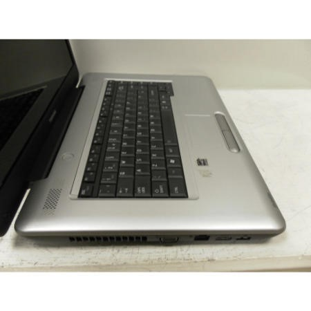 Preowned T2 Toshiba Satellite L450D-13X Windows 7 Laptop