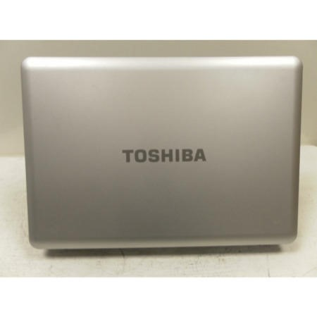 Preowned T2 Toshiba Satellite L450 PSLY6E-00C004MP Windows 7 Laptop in Silver