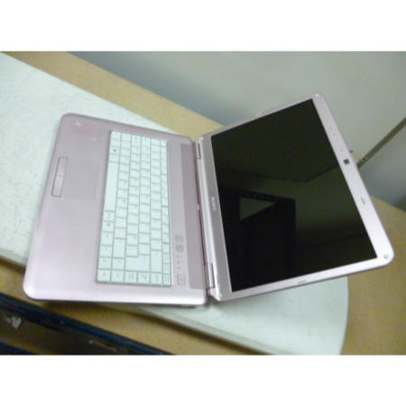 Preowned T2 Sony PCG-7164M VGN-NS30E Laptop in Pink