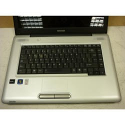 PREOWNED T2 Toshiba SATELLITE L450D Windows 7 Laptop