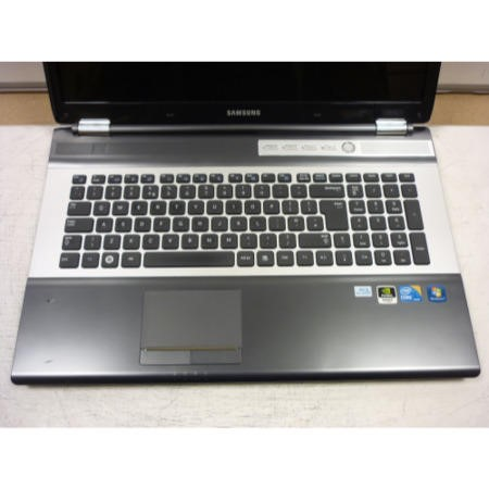 Preowned T2 Samsung RF710-S02UK Core i5 Laptop in Black