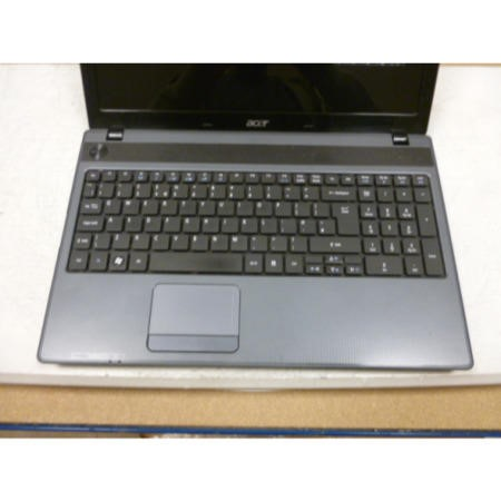 Preowned T2 Acer Aspire 5250 Windows 7 Laptop