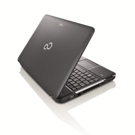 GRADE A1 - As new but box opened - Fujitsu LIFEBOOK A512 15.6 Inch  Core i3 8GB 750GB DVDSM Windows 8.1 Laptop in Black