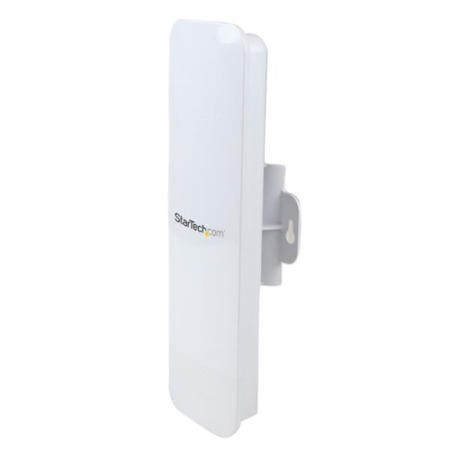 StarTech.com Outdoor 150 Mbps 1T1R Wireless-N Access Point - 2.4GHz 802.11b/g/n PoE-Powered WiFi AP