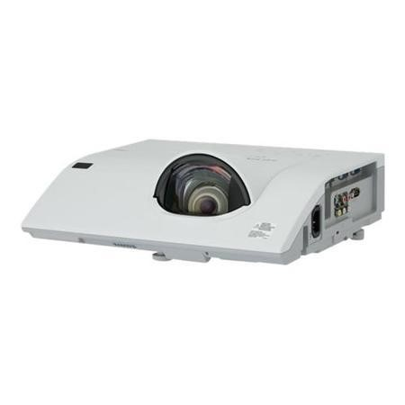 2500 Lumens XGA Resolution 3LCD Technology Meeting Room Projector 3.4kg
