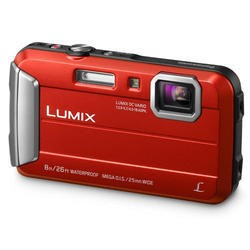 Panasonic DMC-FT30 Red Camera Kit inc 16GB SDHC Class 10 Card & Case