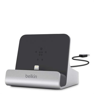 F8J088BT Belkin Express Dock for iPad with built in 4 foot USB cable