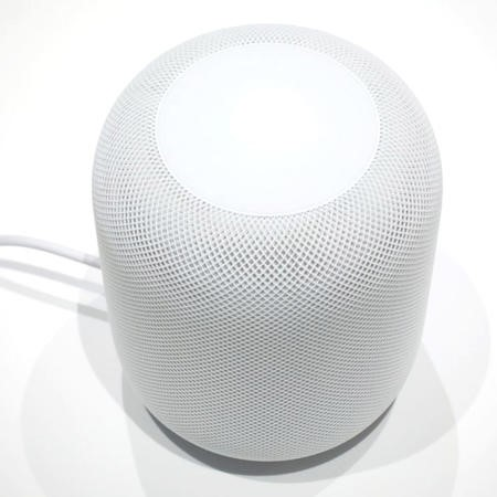 Apple HomePod Smart Speaker - White