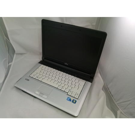 T1/442063 Refurbished FUJITSU LIFEBOOK S710 INTEL CORE I5 1ST GEN 2GB 320GB 14 Inch Windows 10 Laptop