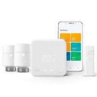 Tado Smart Thermostat Starter Kit V3+ with 2 Add-on Smart Radiator Thermostats - White