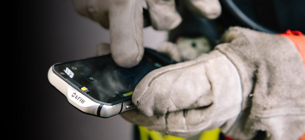 CAT S60 glove on technology