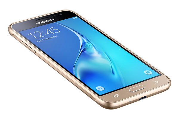 Samsung Galaxy J3 stunning 5-inch HD screen